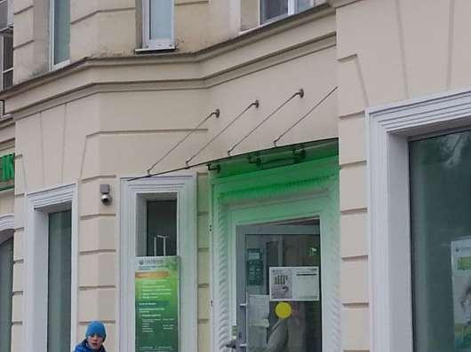 Стеклянные козырьки в Казани Фото 1