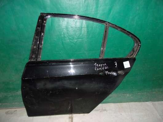 Левая дверь задняя БМВ F20