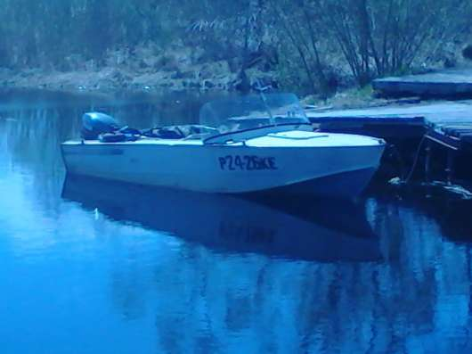 Продаю моторную лодку Прогресс 4