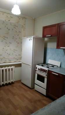 Продам трехкомнатную кв ул. Зелинского 44/17 в Великом Новгороде Фото 3